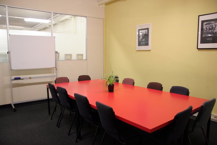 2.1 – Meeting Room